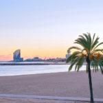 Plage Nova Icaria et Hotel Vela à Barcelone