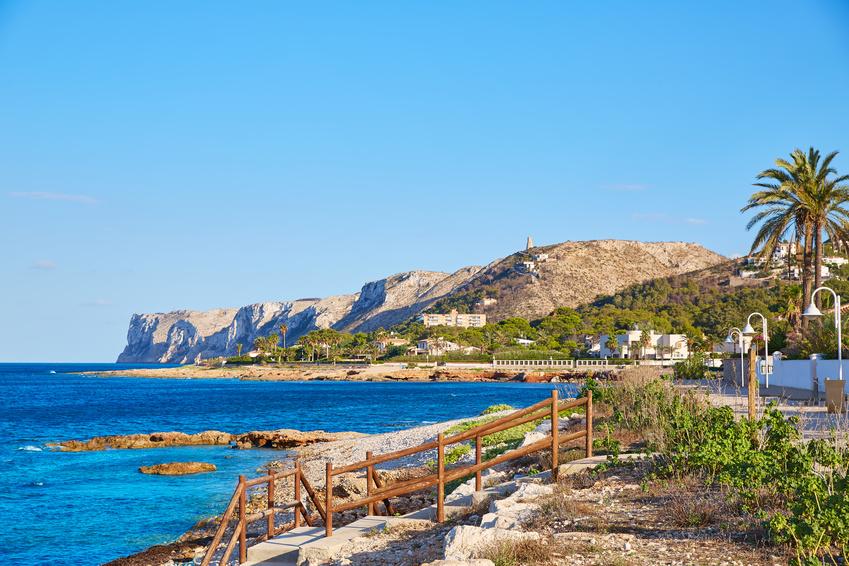 Plage las Rotas à Denia sur la Costa Blanca en Espagne