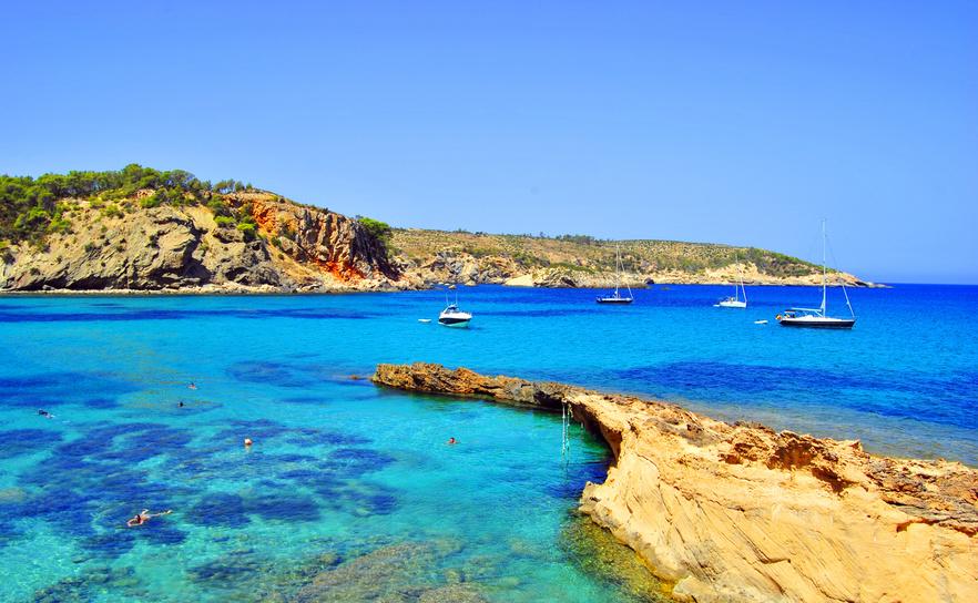 Cala Xarraca petit coin de paradis d´Ibiza - îles Balèares