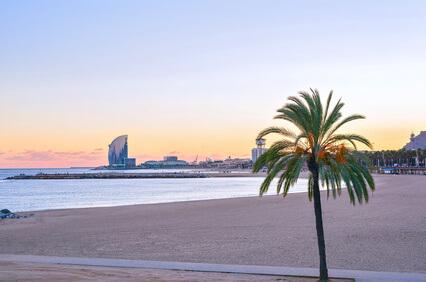 vivre à Barcelone - quartier au bord de mer